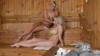 Chessie Kay and Chelsey Lanette (Happy Feet In Hot Sauna Bus